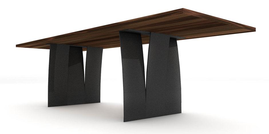 Massivholztisch mit Rohstahlfüssen